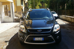 Ford Kuga 2011.nera