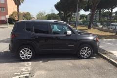 Jeep Renegade nera 2015 (3)