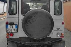Land-Rover-Defender-grigio